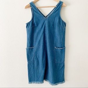 Old Navy jean dress with pockets